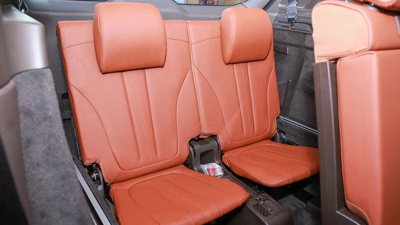 So sánh xe VinFast LUX SA2.0 2019 và Honda CR-V 2019 - Ảnh 12