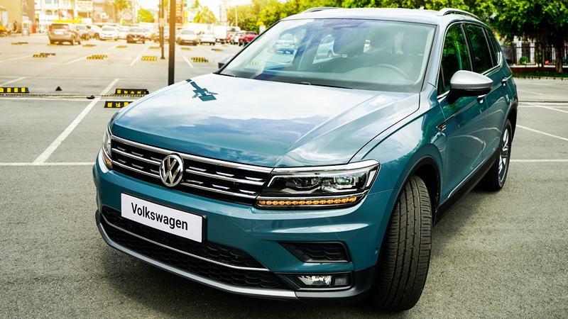 Bản cao cấp Volkswagen Tiguan Allspace Luxury 2019 giá bán 1,85 tỷ đồng - Ảnh 2
