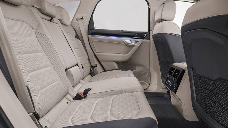 Giá bán xe Volkswagen Touareg 2020 tại Việt Nam từ 3,1 tỷ đồng - Ảnh 5