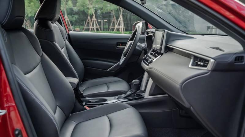 Đánh giá ưu nhược điểm xe Toyota Corolla Cross 2020-2021 mới - Ảnh 5