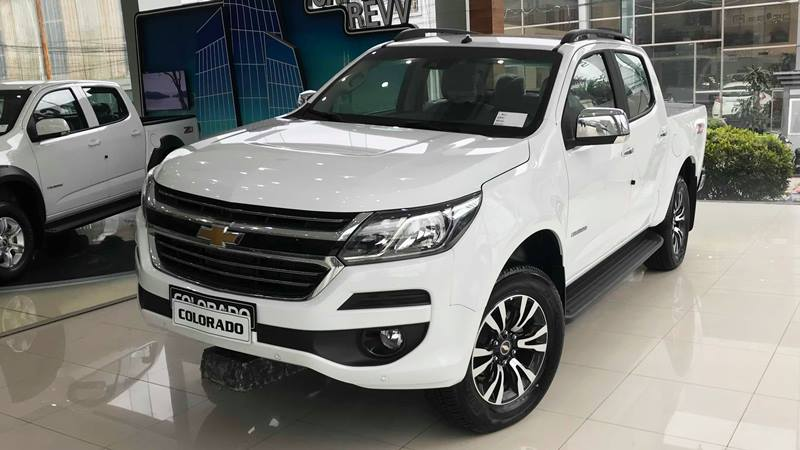 Ford Ranger Wildtrak và Chevrolet Colorado