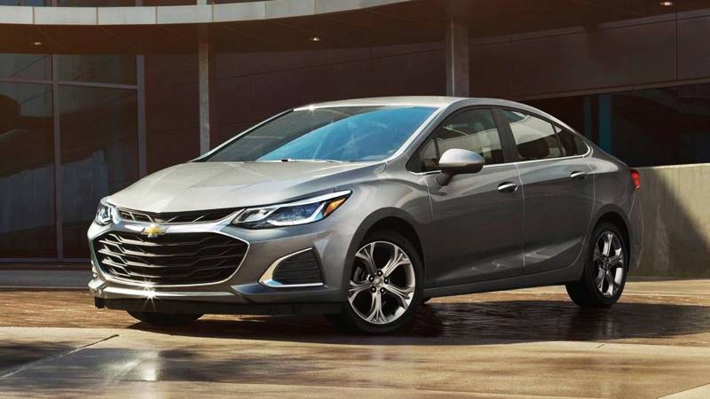 Đánh giá chi tiết xe Chevrolet Cruze 2018