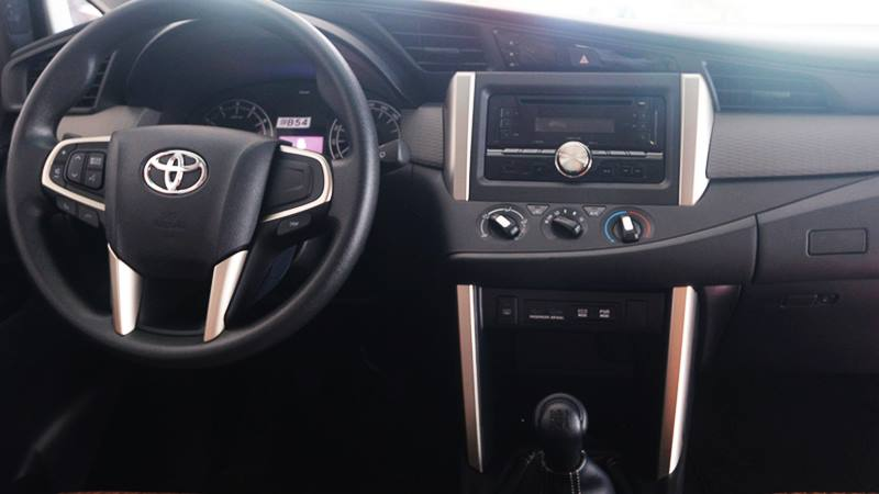 Chi tiết xe Toyota Innova 2.0E MT 2018 - phiên bản bán chạy nhất - Ảnh 7