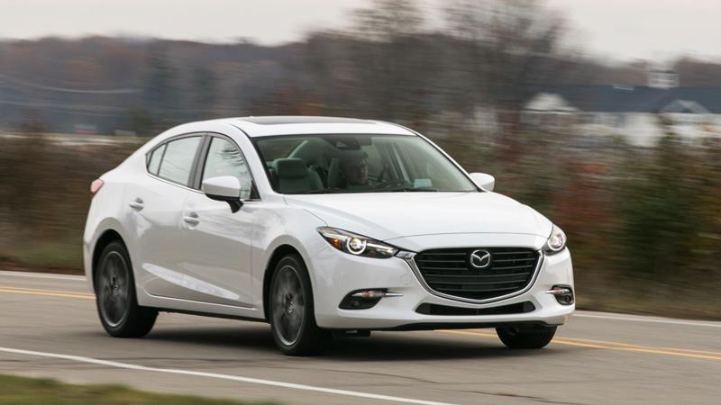 So sánh xe Mazda 3 và Toyota Vios G 2018-2019 mới - Ảnh 2