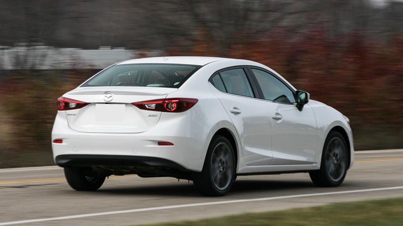 So sánh xe Mazda 3 và Toyota Vios G 2018-2019 mới - Ảnh 5