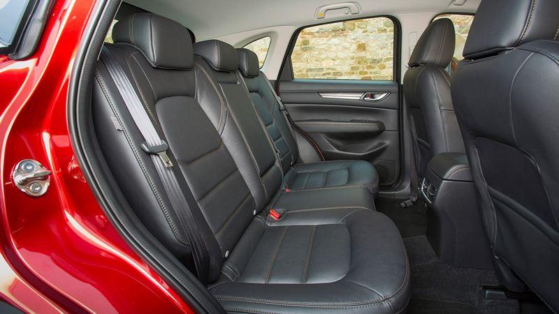 So sánh xe Mazda CX-5 2018 và Peugeot 3008 2018 - Ảnh 13