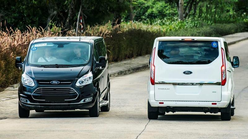 Xe 7 chỗ tầm giá 1 tỷ đồng tại Việt Nam - Ảnh 11