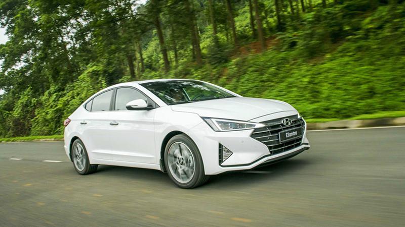 Đánh giá ưu nhược điểm xe Hyundai Elantra 2019-2020 tại Việt Nam