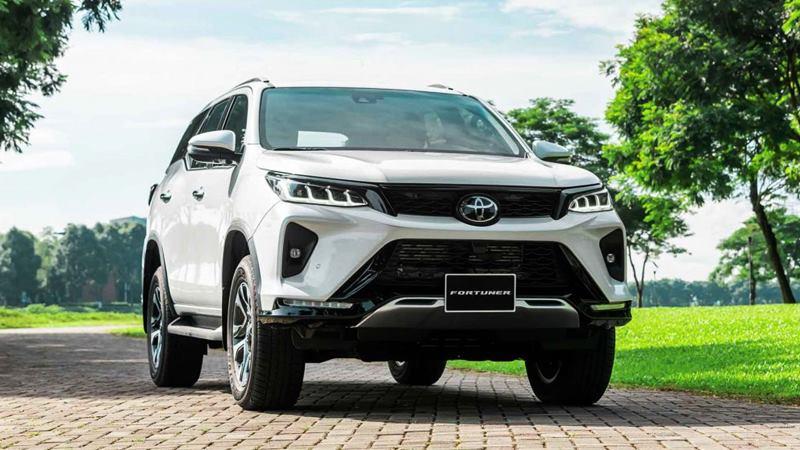 Giá bán xe Toyota Fortuner 2021 tại Việt Nam từ 995 triệu đồng - Ảnh 1