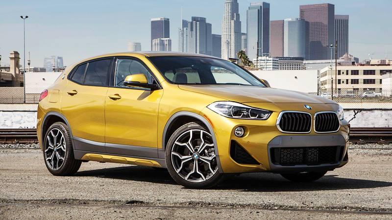 """""""Số phận"""" lô xe BMW phơi cảng: Ngoại thất xuống cấp, bám bụi dày đen - Hình 1"""