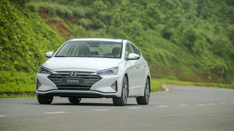 Bảng giá Hyundai Elantra tháng 7 - Ảnh 2