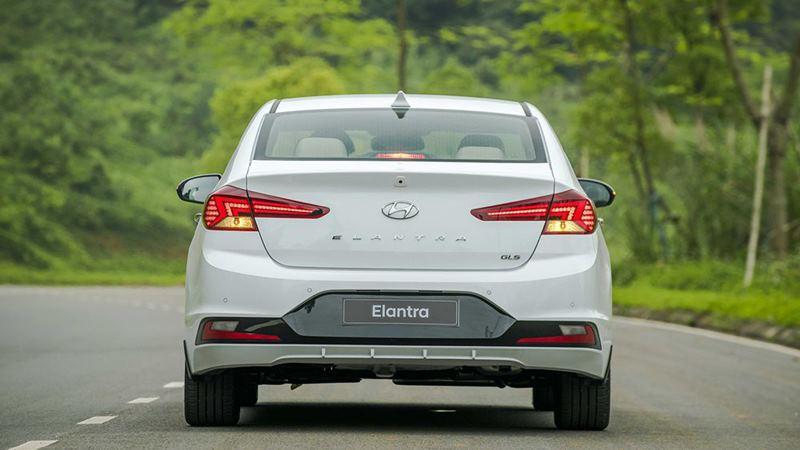 Bảng giá Hyundai Elantra tháng 7 - Ảnh 3