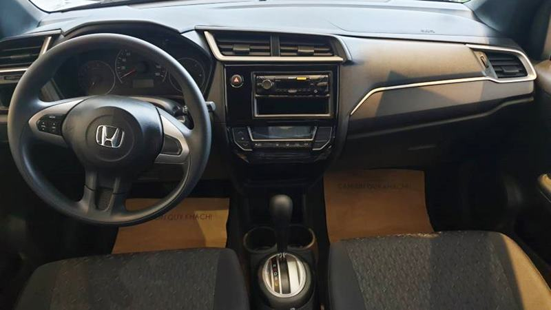 Những điểm khác biệt giữa phiên bản Honda Brio G và Brio RS - Ảnh 7
