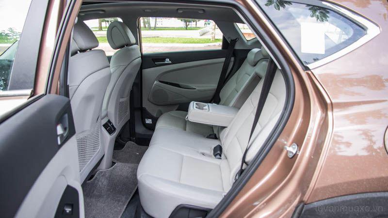 Thông số kỹ thuật xe Hyundai Tucson 2018 lắp ráp tại Việt Nam - Ảnh 12