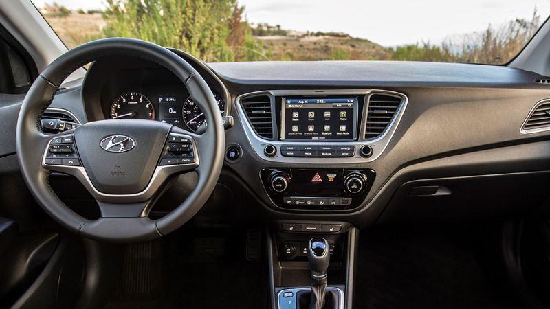 Hyundai Accent 2018 bất ngờ ra mắt tại Việt Nam - Hình 2