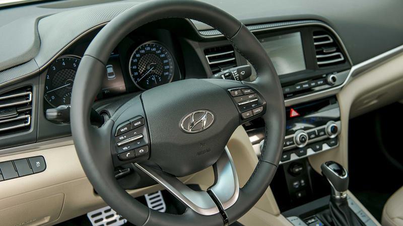 Thông số kỹ thuật và trang bị xe Hyundai Elantra 2019 tại Việt Nam - Ảnh 11
