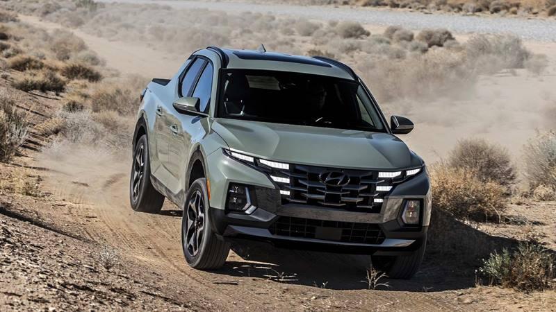 Xe bán tải Hyundai Santa Cruz 2022 trang bị động cơ xăng - Ảnh 9