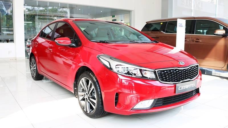 Doanh số Kia Cerato tăng trưởng vượt bậc, đe dọa ngôi vương của Mazda 3 - Hình 1