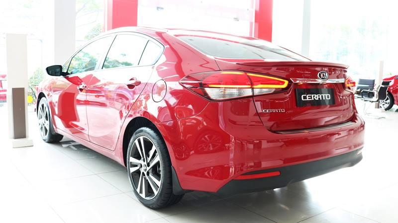 Doanh số Kia Cerato tăng trưởng vượt bậc, đe dọa ngôi vương của Mazda 3 - Hình 2