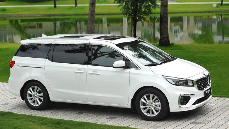 Hơn 400 xe Kia Sedona 2019 bán ra chỉ sau 1 tháng, sức hút từ trang bị mới - Hình 1