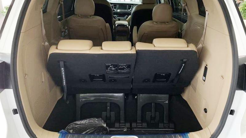 Thông số kỹ thuật và trang bị xe KIA Sedona 2020 tại Việt Nam - Ảnh 8