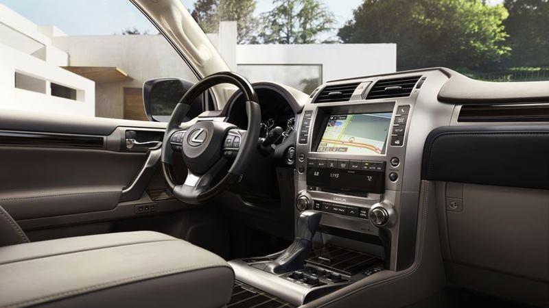 Giá bán xe Lexus GX 460 2020 mới tại Việt Nam từ 5,69 tỷ đồng - Ảnh 3