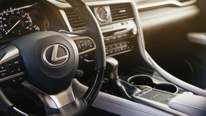 Chi tiết thông số và trang bị xe Lexus RX 300 2020 mới tại Việt Nam - Ảnh 5