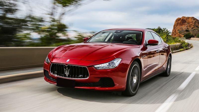 Giá xe Maserati Ghibli 2018