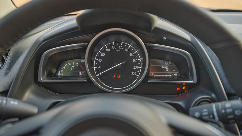 Thông số kỹ thuật và trang bị xe sedan Mazda 2 2020 mới tại Việt Nam - Ảnh 6