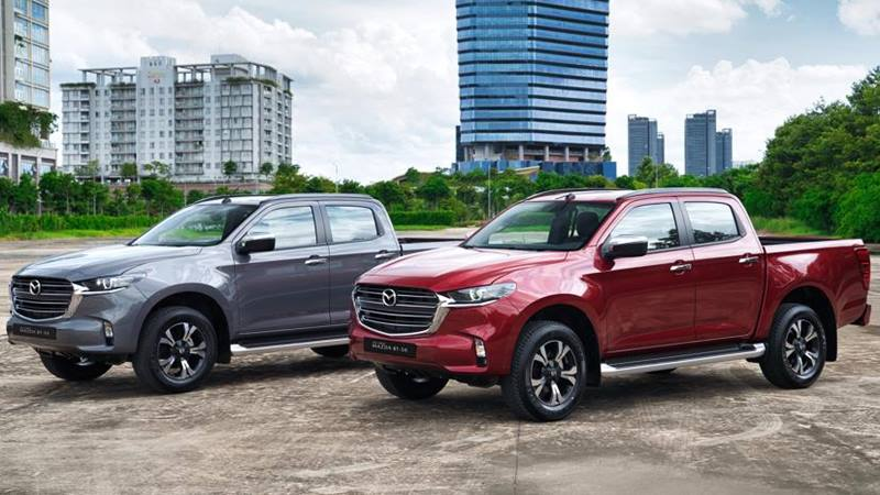 So sánh giá xe Mazda BT-50 2021 với Ranger, Triton, Navara, Hilux - Ảnh 2