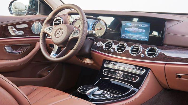 nội thất xe Mercedes E 250
