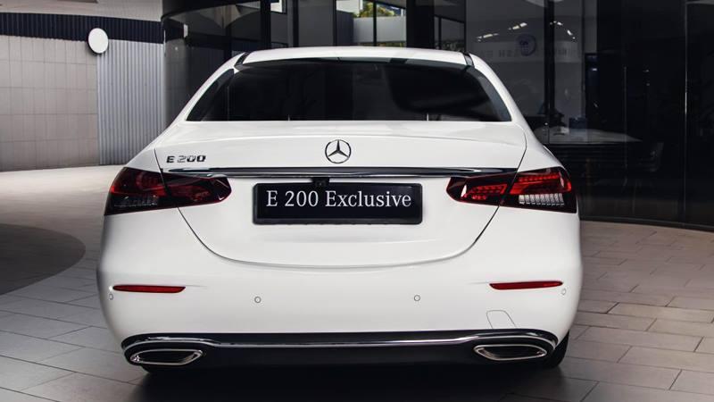 Giá bán xe Mercedes E-Class 2021 từ 2,31 tỷ đồng tại Việt Nam - Ảnh 3