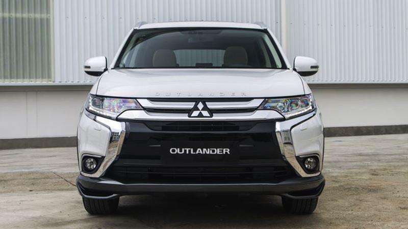 Thông số và trang bị chi tiết xe Mitsubishi Outlander 2018 lắp ráp - Ảnh 2