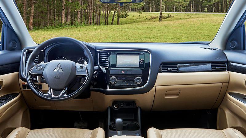So sánh xe Mitsubishi Outlander và Mazda CX-5 2018 - Ảnh 11