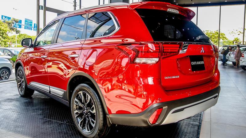 Bản cao cấp Mitsubishi Outlander 2.4 CVT Premium 2020 giá 1,058 tỷ đồng - Ảnh 4