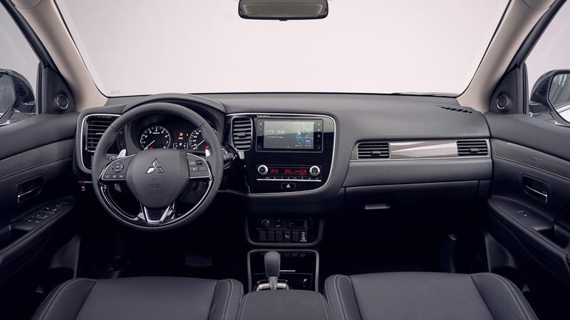 Chi tiết TSKT xe Mitsubishi Outlander 2.4 CVT 4WD Premium 2020 mới - Ảnh 6