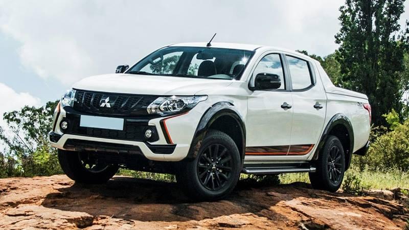 Lô xe Mitsubishi Triton nhập khẩu đầu tiên trong năm 2018 được bán ra với giá rẻ nhất phân khúc - Hình 1