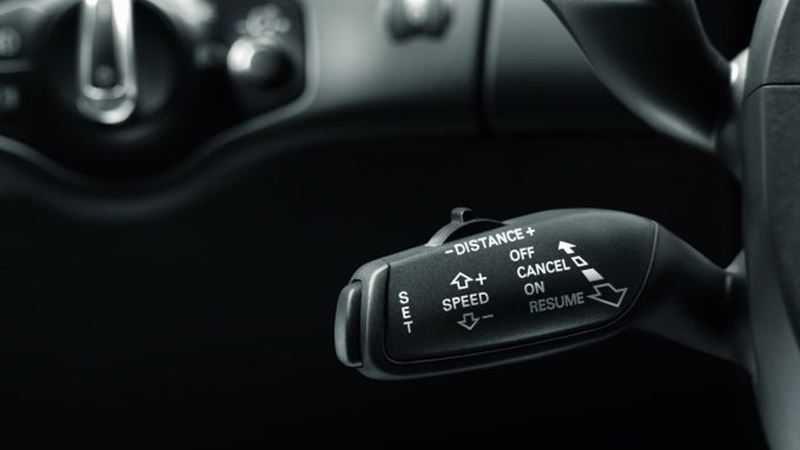 Những trang bị tính năng được khách hàng mua xe mới quan tâm nhất - Ảnh 9