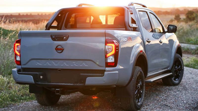 Nissan Navara 2021 mới nâng cấp hầm hố và hiện đại hơn - Ảnh 3