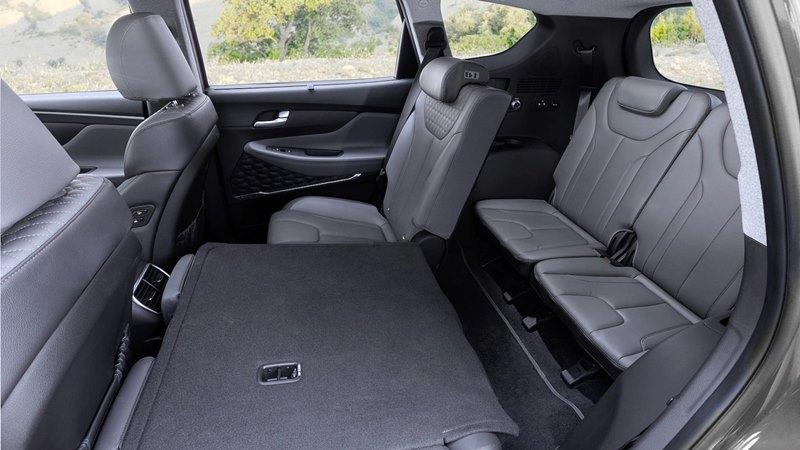 So sánh xe Hyundai SantaFe và Honda CR-V 2020 mới - Ảnh 11
