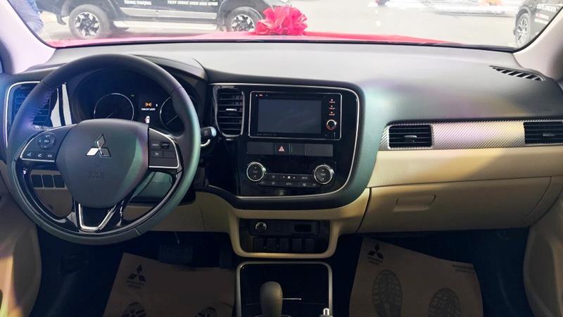 So sánh trang bị 3 phiên bản Mitsubishi Outlander 2020 mới - Ảnh 5