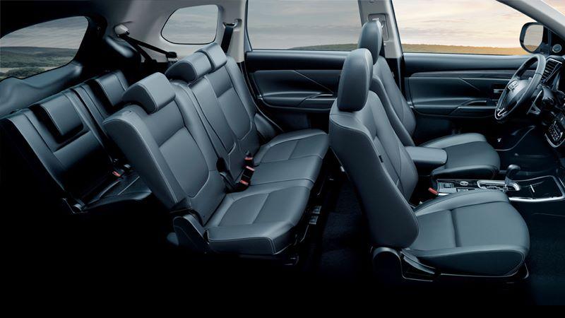 So sánh xe Nissan X-Trail và Mitsubishi Outlander 2020 mới - Ảnh 12