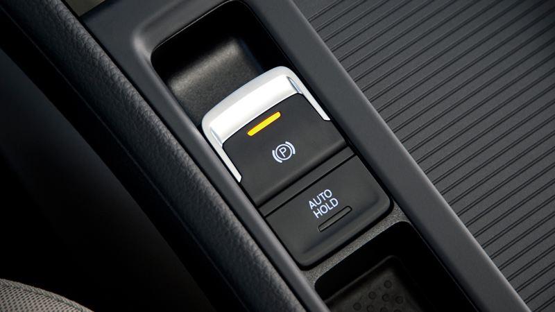 Phanh tay điện tử trên xe ô tô có ưu điểm gì? - Ảnh 1