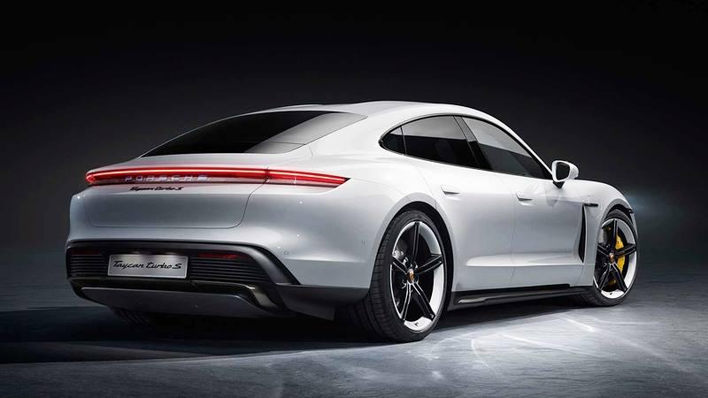 Giá bán xe điện Porsche Taycan tại Việt Nam từ 5,7 tỷ đồng - Ảnh 3