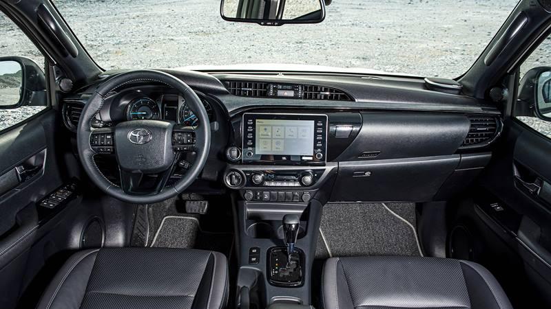 So sánh trang bị các phiên bản xe Toyota Hilux 2020 - bản 2.4L và 2.8L - Ảnh 6