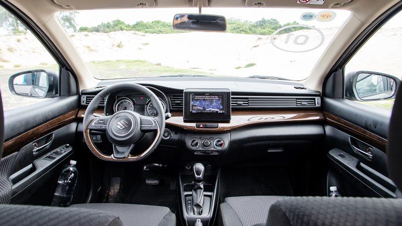 So sánh khác biệt giữa hai phiên bản Suzuki Ertiga 2019 - GL và GLX - Ảnh 4