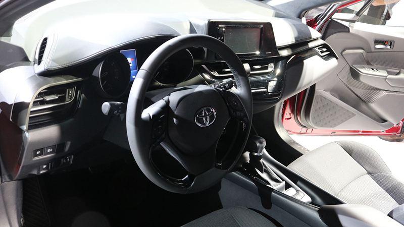 Doanh số Toyota tăng mạnh, Toyota C-HR vượt mặt Mazda CX-5 và Nissan X-Trail - Hình 2