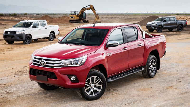 toyota-hilux-2017-tuvanmuaxe_vn-3