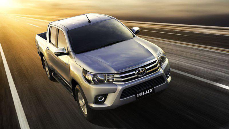 Toyota Hilux 2018 tại Việt Nam trang bị nguồn động lực 2.4L, giá từ 631 triệu - Ảnh 1