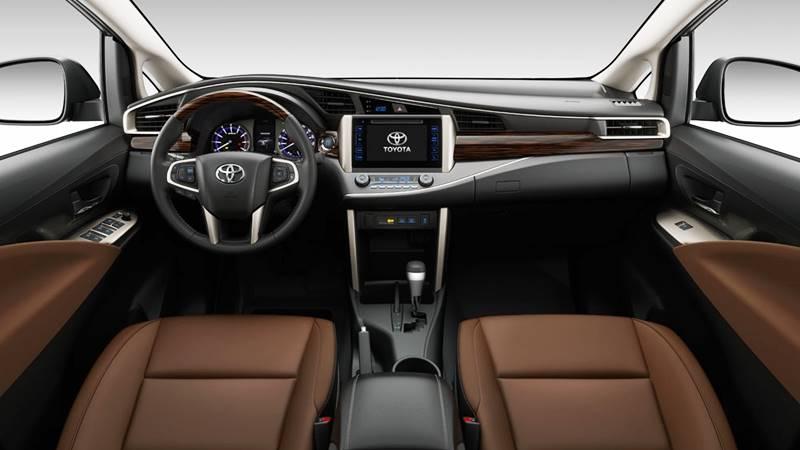 Giá xe Toyota Innova 2018 tại Việt Nam - 2.0E, 2.0G, 2.0V và Venturer - Ảnh 4